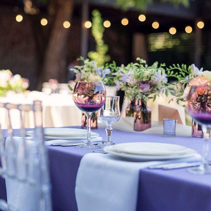 Table setting plates glasses