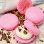 Flavored macaroons for wedding desserts